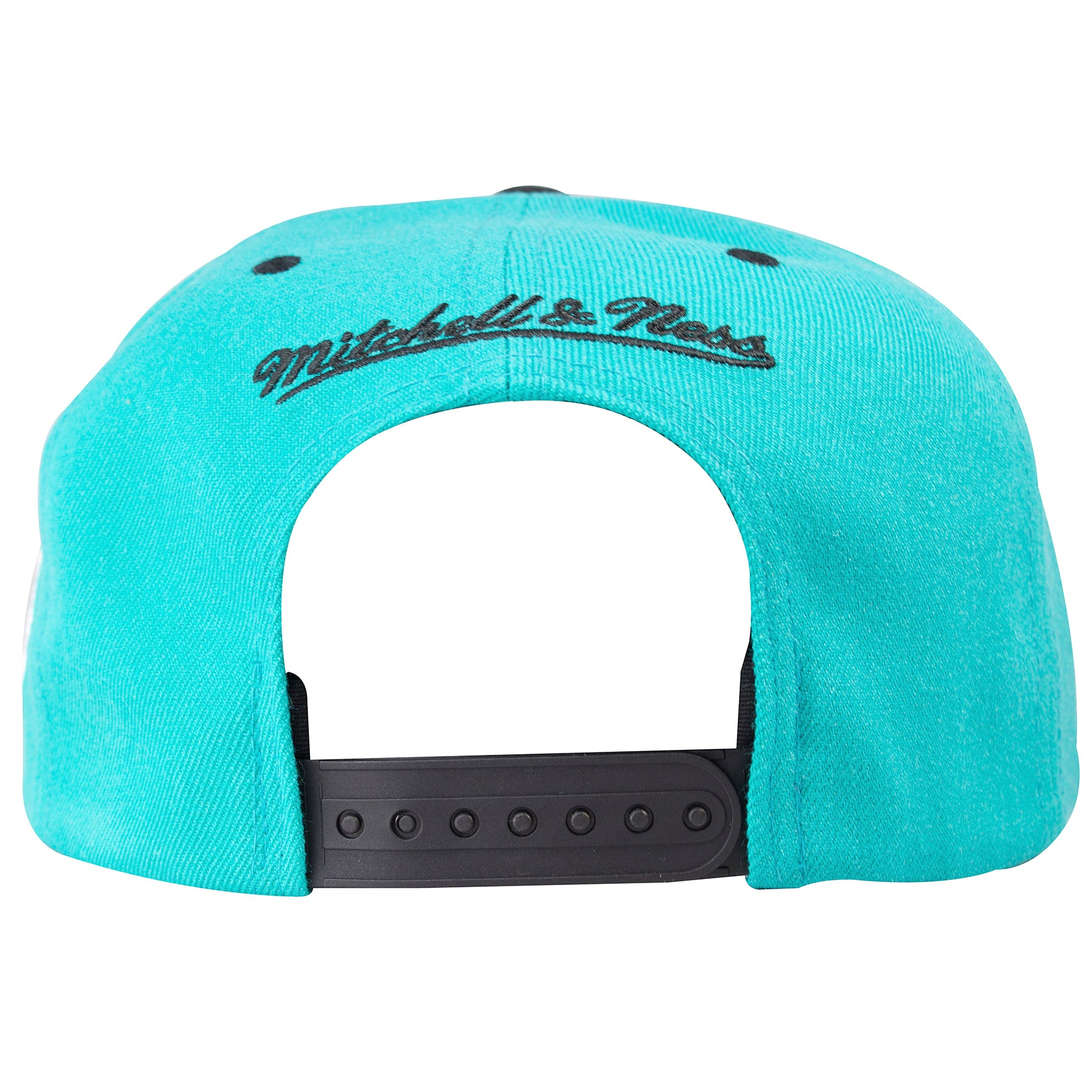 344bd456436d56 ... the back of the Mitchell and Ness 1996 Teal on Black All Star Weekend  snapback hat ...