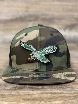 Front of Vintage eagles Retro Mesh snapback | Philadelphia Eagles Throwback Bird Meshback 950 Flat brim snapback