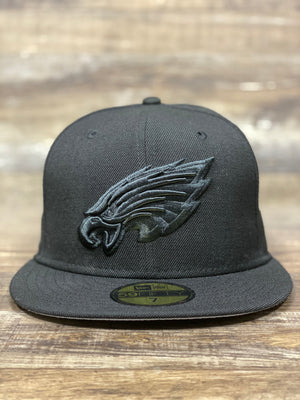 front of Eagles all black fitted | All black Philadelphia Eagles 5950 grey bottom fitted