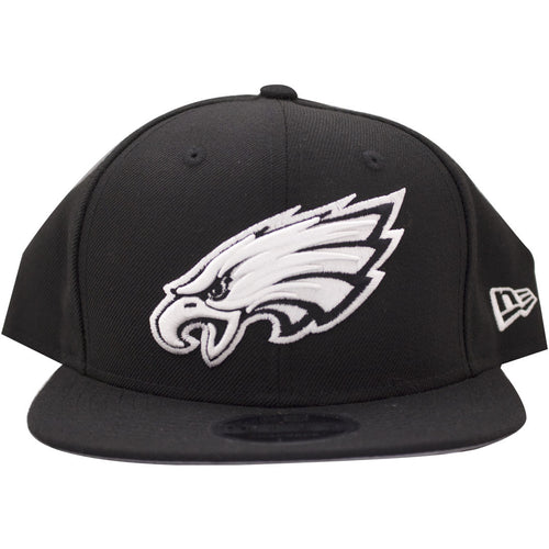 the philadelphia eagles custom black and white snapback has a white current philadelphia eagles logo and a black crown and brim