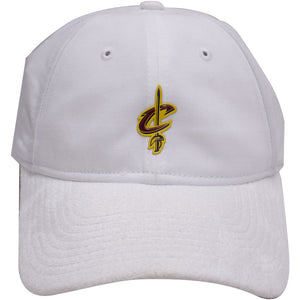 the cleveland cavaliers 2017 nba draft white dad hat has a white suede brim and a white crown