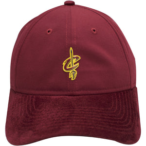 the cleveland cavaliers maroon 2017 nba draft dad hat has a suede brim and a suede button