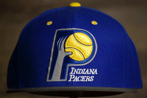 PACERS SNAP BACK | INDIANA PACERS THROWBACK SNAP CAP this is the front with the throwback pacers logo and a grey brim