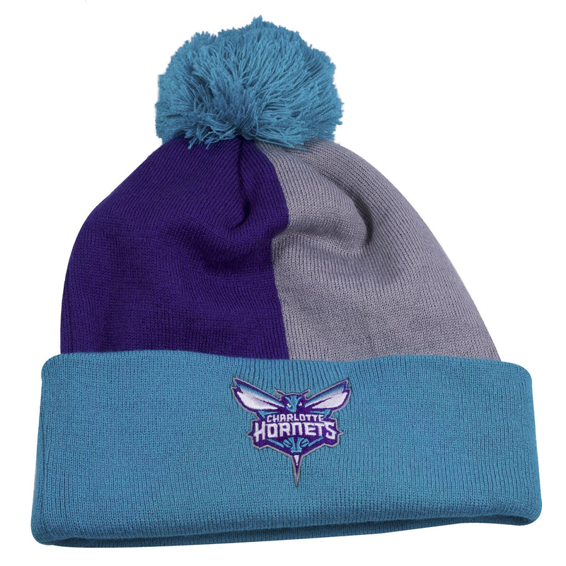 on the front of the Charlotte Hornets two tone winter beanie has a Charlotte Hornets logo embroidered in purple, teal and white with a raised teal cuff