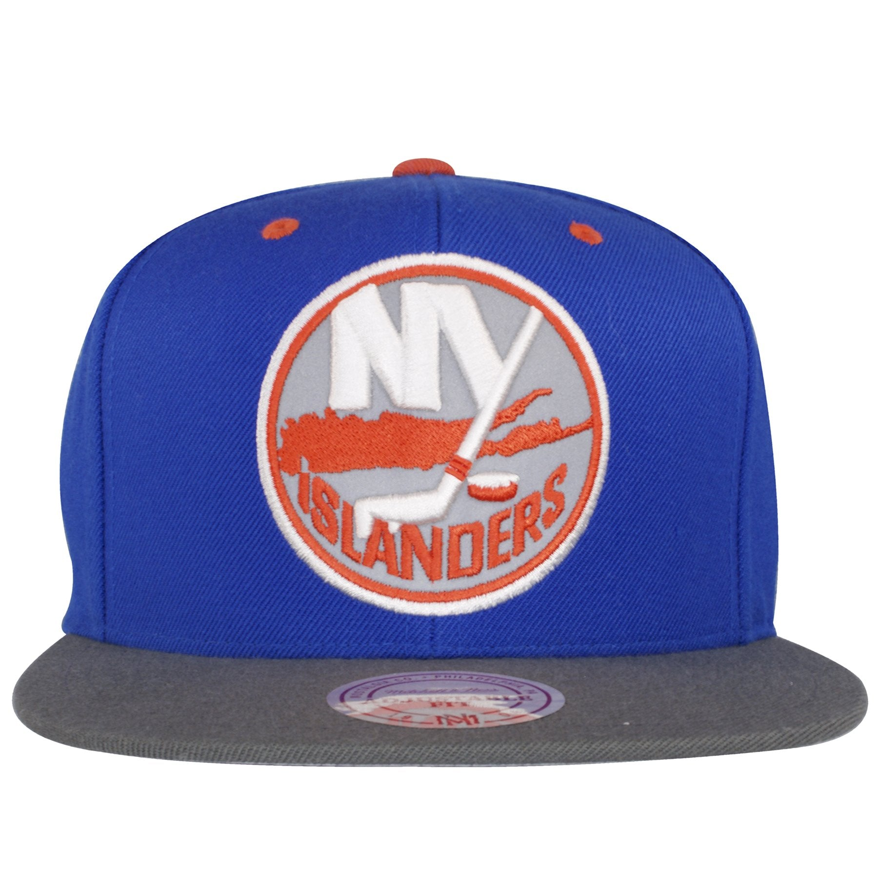 d3cc634254f Large New York Islander logo with reflective material on the front of this Islander  Snapback hat