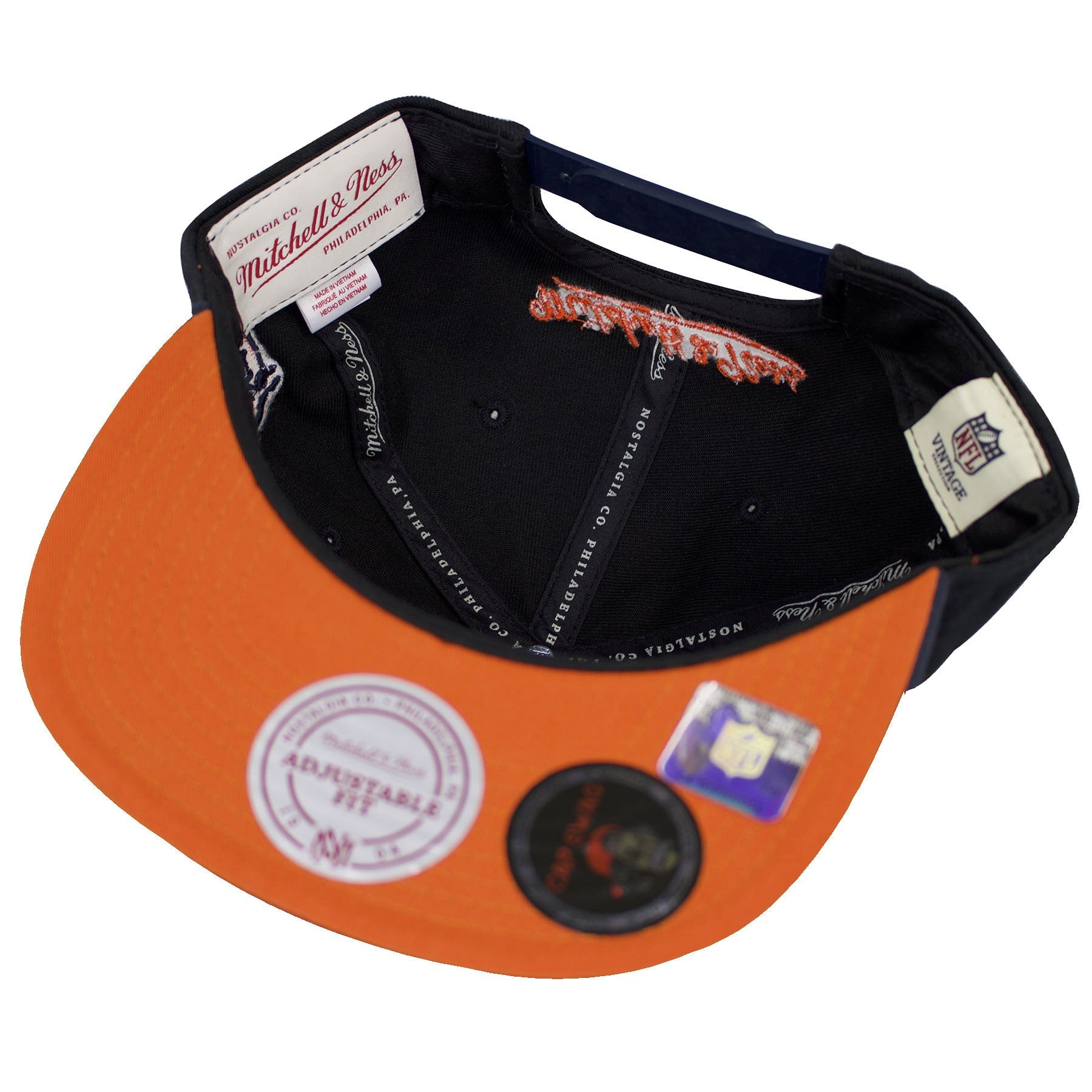 6027f0098cd22 ... mitchell and ness  the under brim of the chicago bears special script  snapback hat is orange