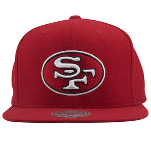 On the front of this Red San Francisco snapback hat shows the vintage logo of the 49ers, embroidered in white, red, and black.