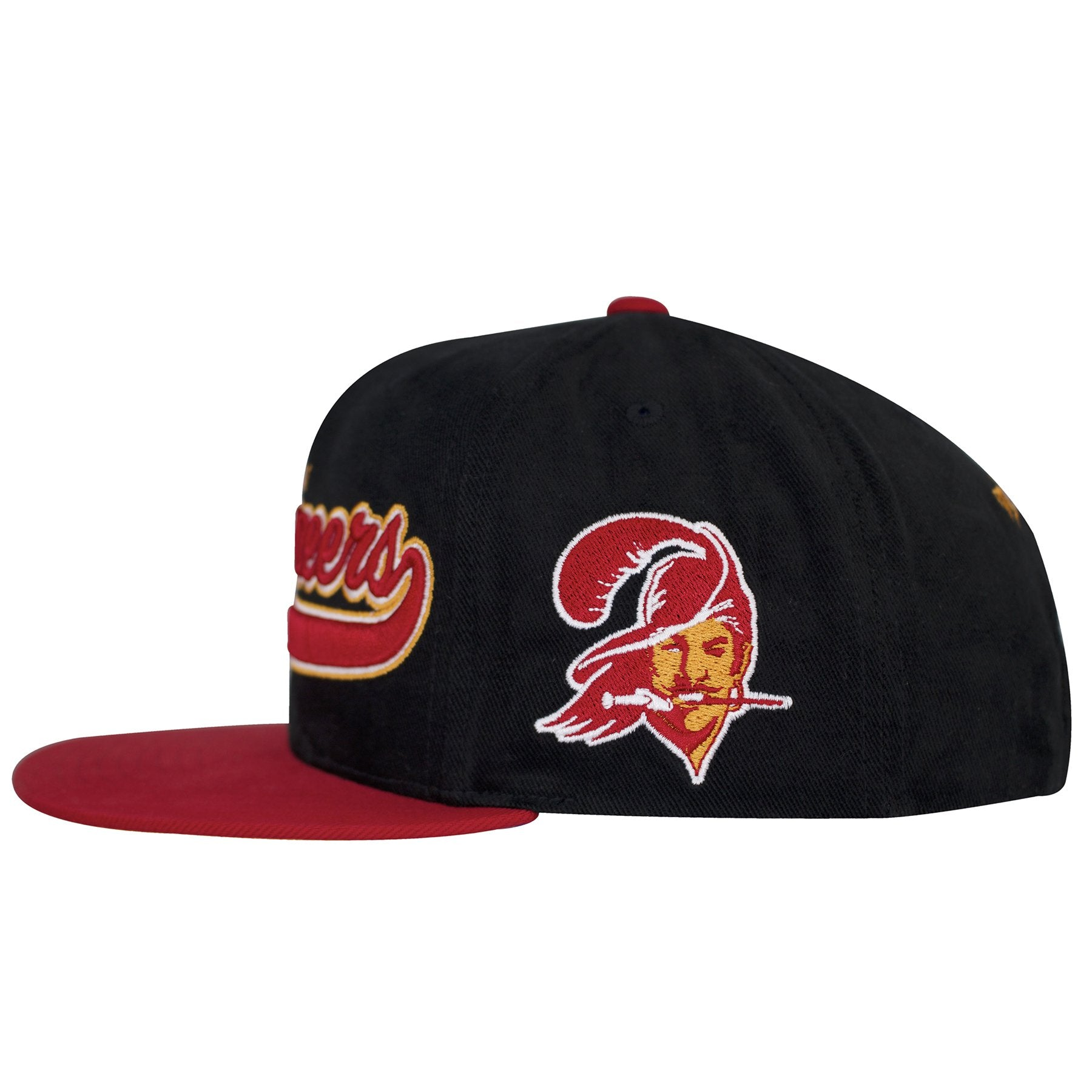 ... on the left side of the tampa bay buccaneers retro snapback hat is the vintage  buccaneers ... 76f3c41e0eb6