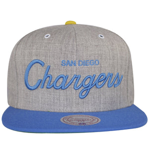 Heather Gray structured snapback with powder blue flat brim. This San Diego Chargers Vintage Snapback has special script of the words San Diego Chargers. The Chargers in the front is in cursive and heavily embroidered. The flat brim of this Los Angeles Chargers Snapback is in powder blue.
