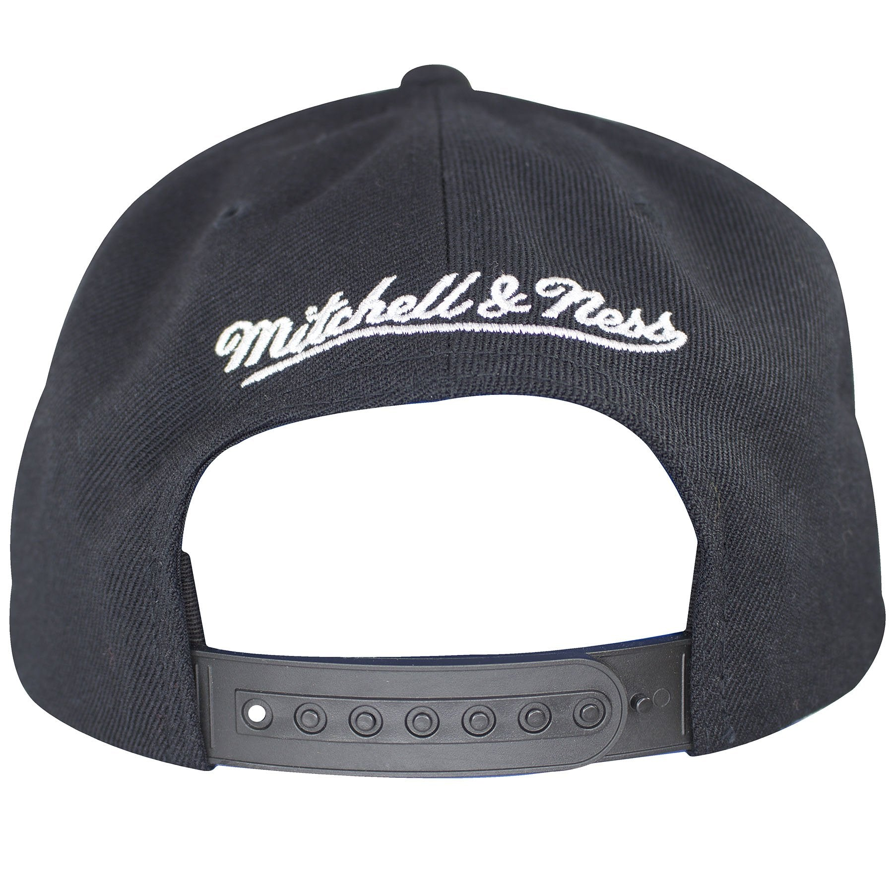 buy popular 812a6 80726 ... on the back of the los angeles kings vintage classic snapback hat is  the mitchell and ...
