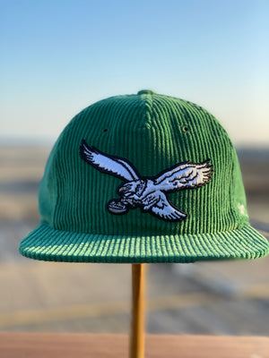front of Vintage Eagles Corduroy Snapback Throwback Philadelphia Bird  Logo Kelly Green Snapback Hat