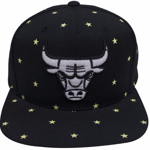 on the front of the Chicago Bulls Glow in The Dark black snapback hat is a glow in the dark chicago bulls logo