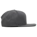 the blank gray snapback hat has a structured crown and flat brim