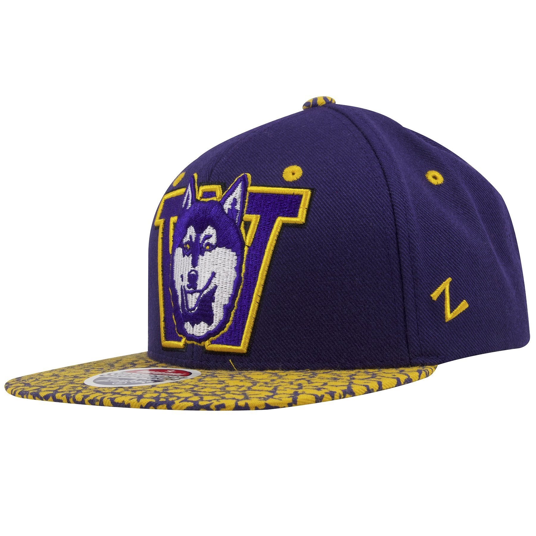 official photos 3f8d1 727c3 ... on the left side of the university of washington huskies snapback hat  is the zephyr logo ...