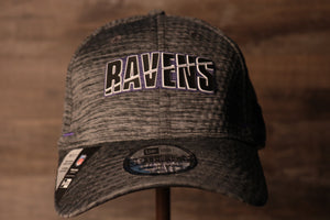 Ravens 2020 Training Camp Flexfit | Baltimore Ravens 2020 On-Field Grey Training Camp Stretch Fit  the front of this ravens cap has the ravens name on the front