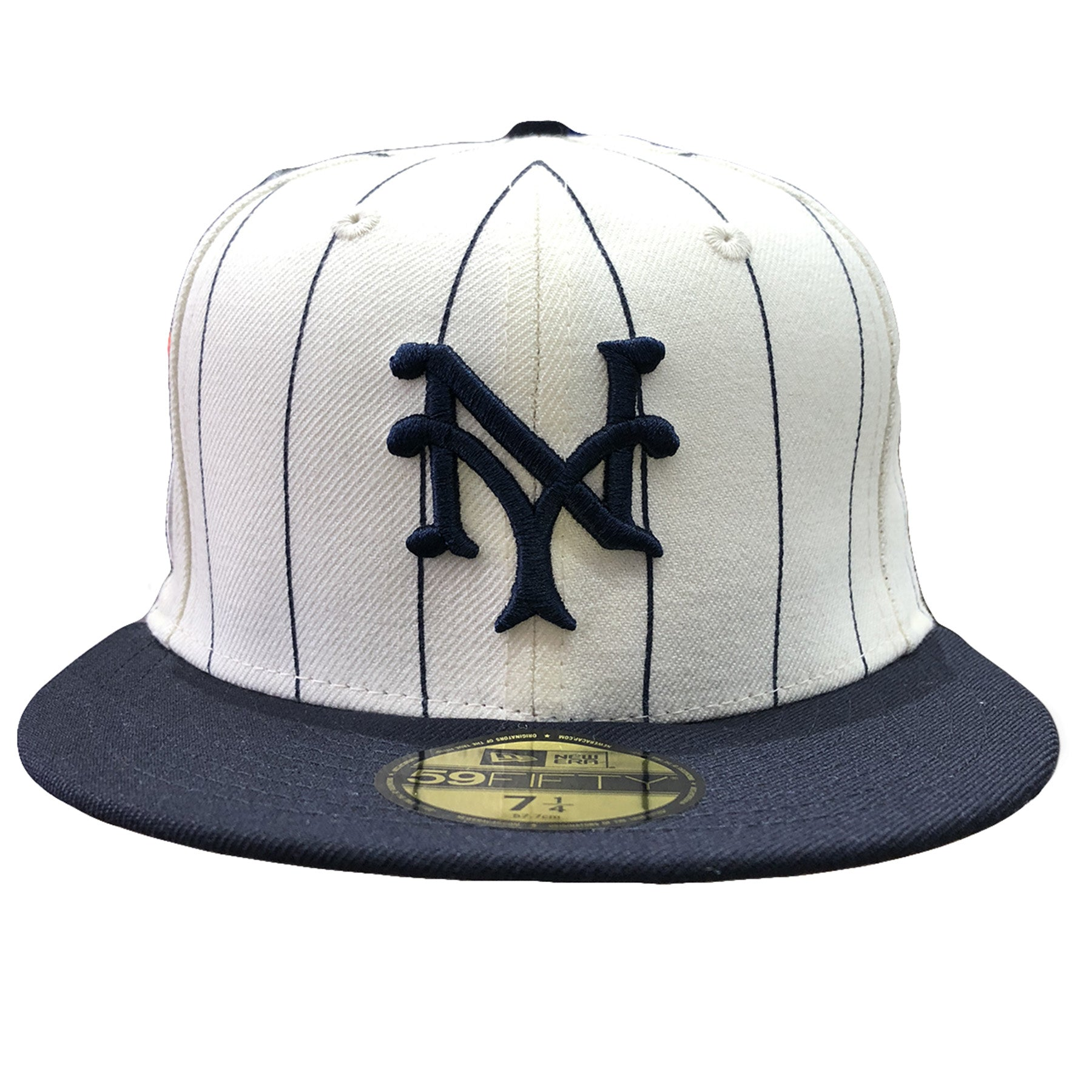 competitive price c2c99 2a662 Embroidered on the front of the 1922 New York Giants World Series Fitted Cap  is the