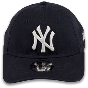 Youth New York Yankees Classic Team Logo Adjustable Navy Blue 9Twenty New Era Kid's Dad Hat