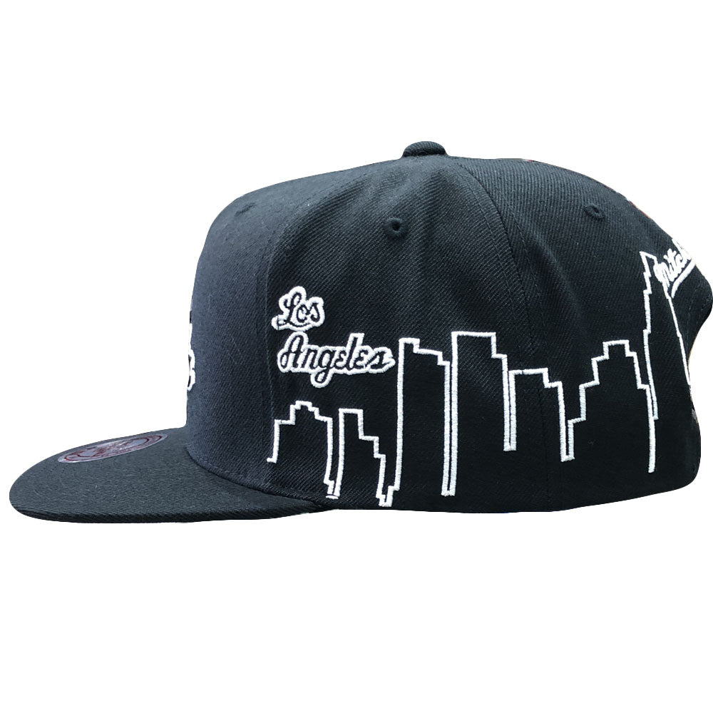 big sale 3de92 78867 Los Angeles Lakers City Skyline Mitchell and Ness Black Snapback Hat – Cap  Swag