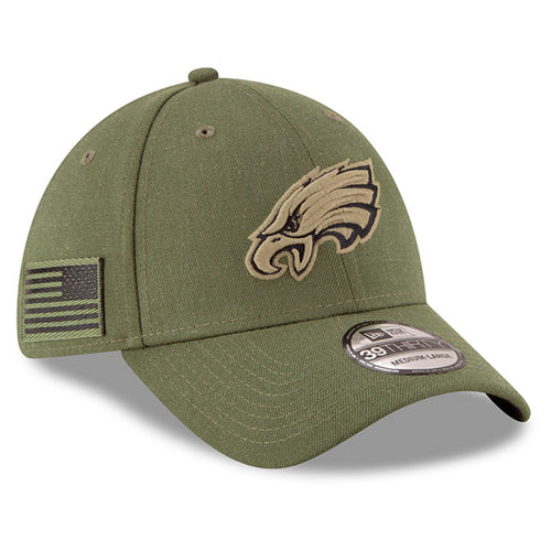 on the right side of the kid's sized 2018 on field salute to service stretch fit hat is the american flag in military green and black