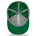 The under brim of the 2018 On Field New York Jets Sideline Snapback Hat is green