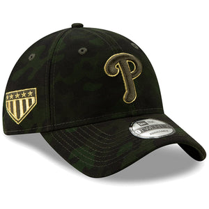 On the right side of the Philadelphia Phillies 2019 Memorial Day 9Twenty dad hat is the 5 star shield logo embroidered in gold and military green