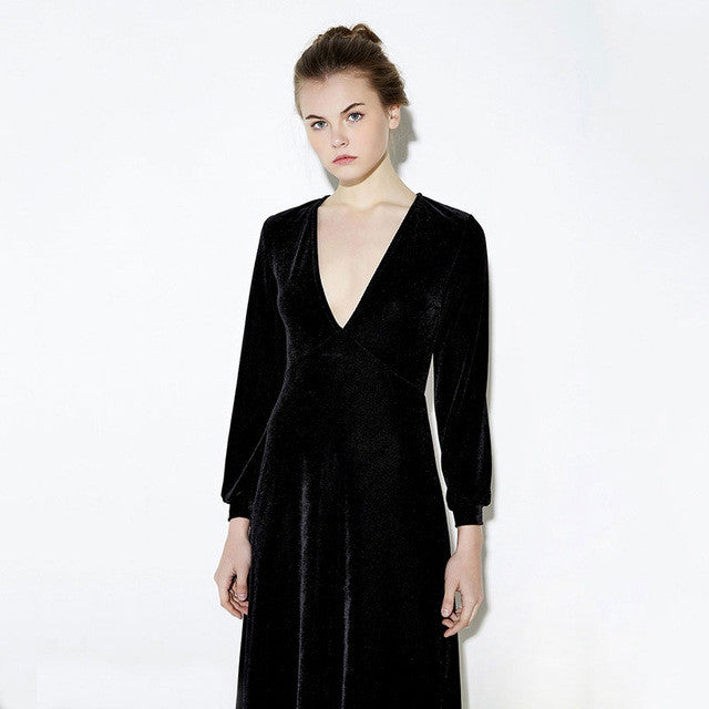 HDY Haoduoyi 2016 Autumn Fashion Women Black Velvet Long Sleeved Maxi Dress Vestidos Plunge Neck Party Dress