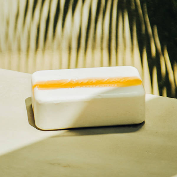 Vitamin Cleansing Bar - Citrus & Herbal Musk