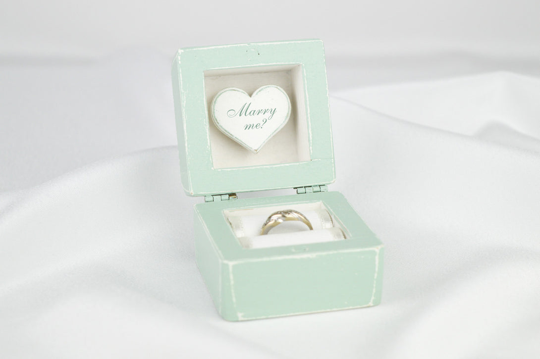 Proposal Ring Box, Engagement Ring Box in Mint and White – Gregolino