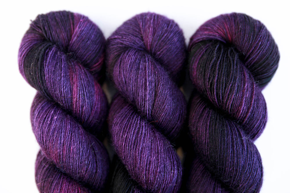 Yak Single - Dark Cherry