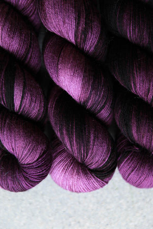 Qing Fibre Sock - Dark Cherry