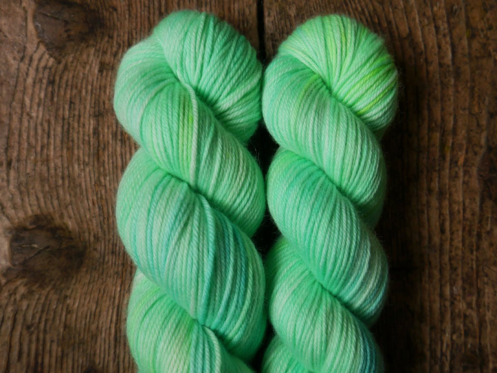 Qing Fibre Super Soft DK - Acid Apple