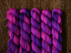 Qing Fibre Sock 50g - Fox Glove