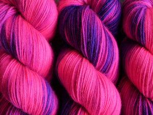 Qing Fibre Super Soft Sock: Foxglove