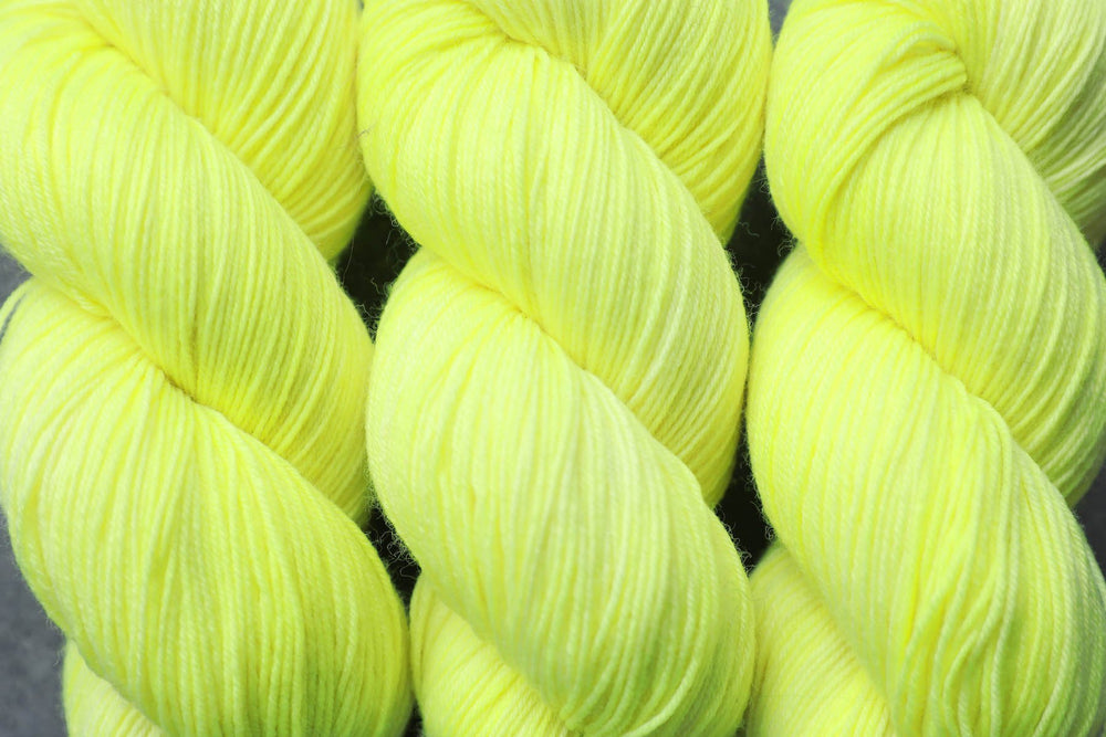 Qing Fibre Sock- Lightning
