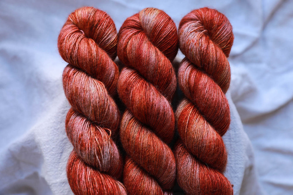 Qing Fibre Yak Single - Aflame