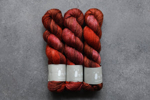 Qing Fibre Yak Single - Toffee Apple