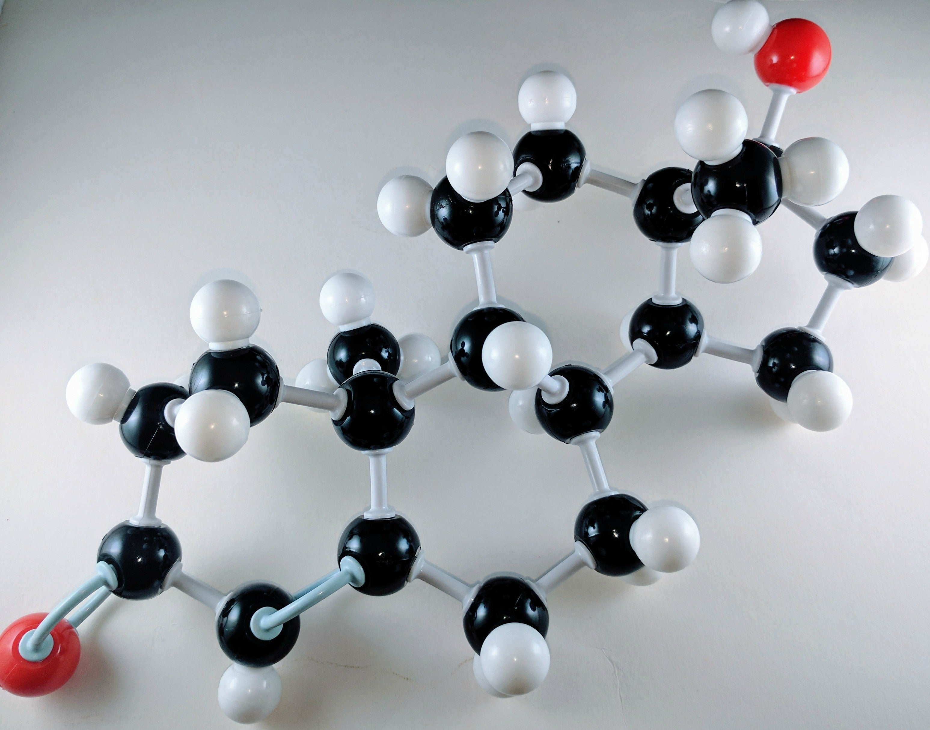 testosterone molecular model