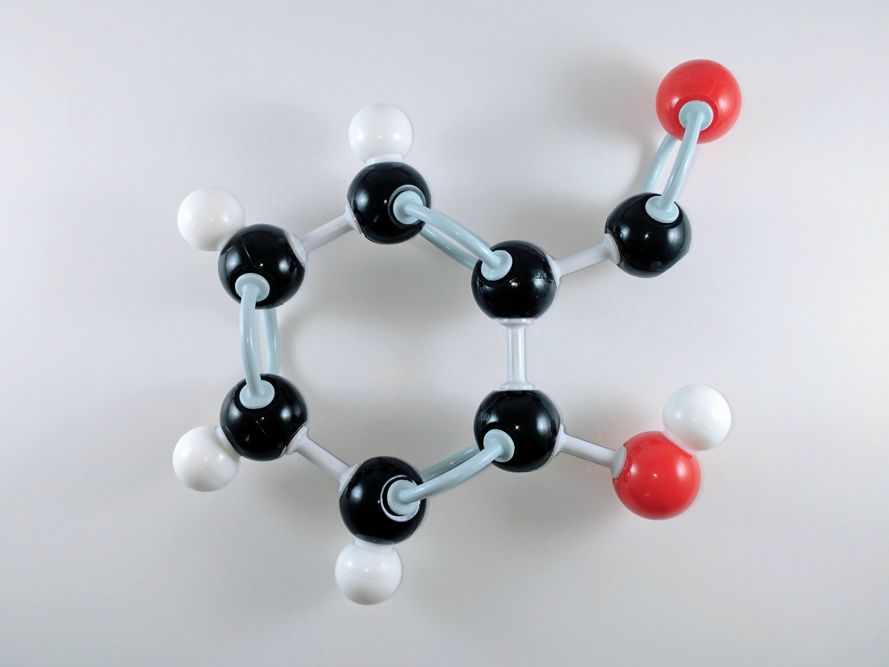 salicylic acid molecular model