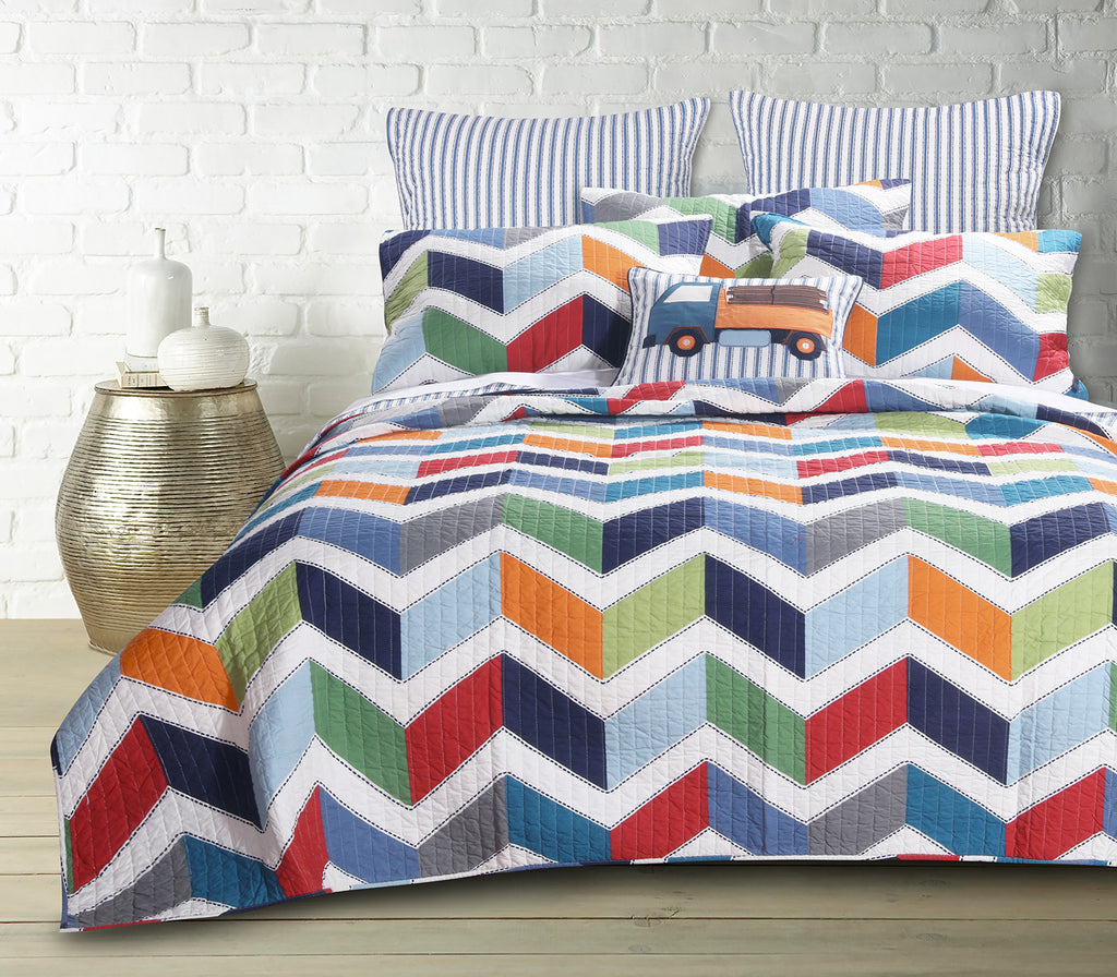 Dominik Quilt Set