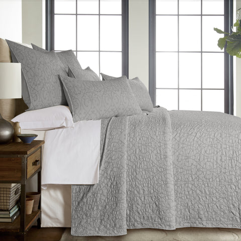 Beckett Light Grey Bedspread Set