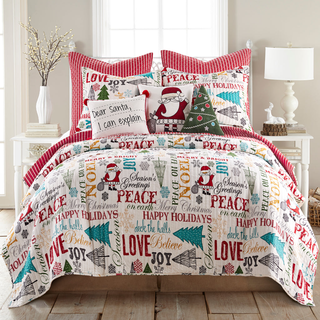 Santa Claus Lane Quilt Set