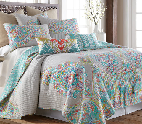 Deniza Quilt Set