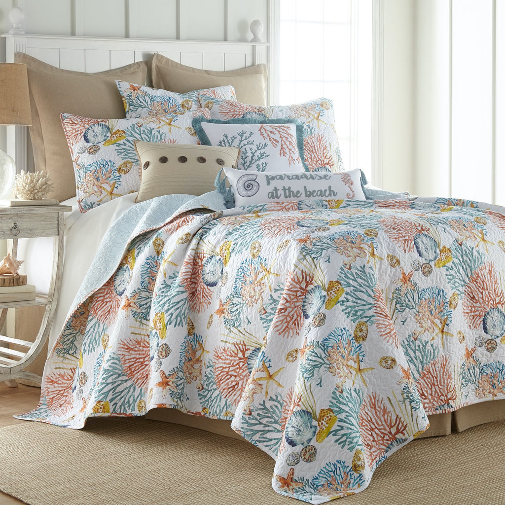 Bay Islands Quilt Set