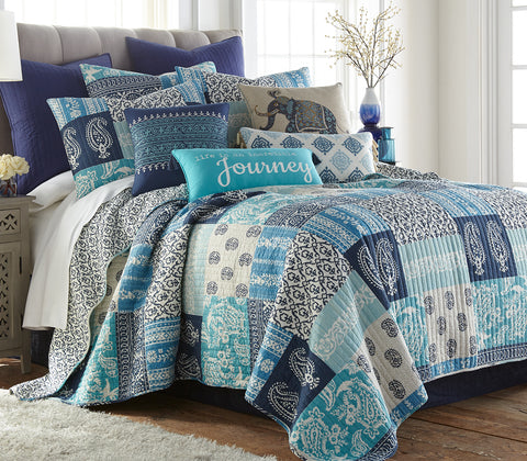 Chandra Quilt Set