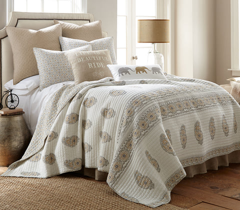 Grey/Beige Skylar Quilt Set