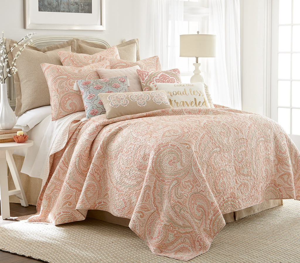 Spruce Coral Quilt Set
