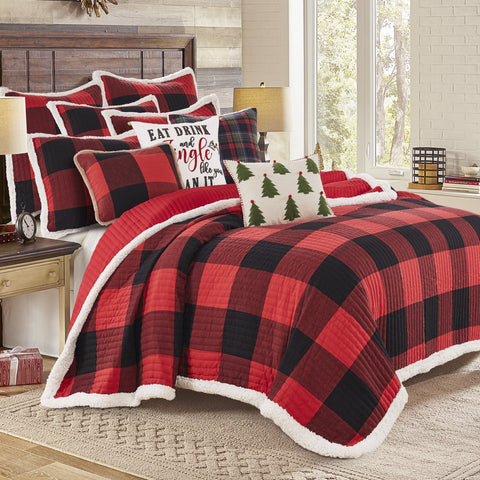 Thatch Home Buffalo Peak Plaid Quilt