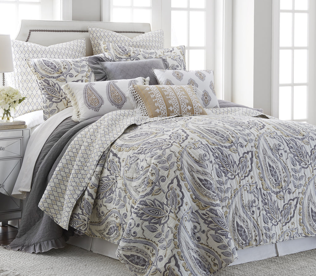 Tamsin Grey Quilt Set