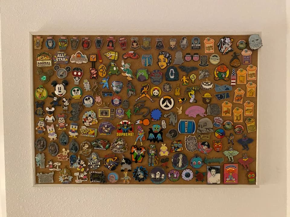 Corkboard pin display