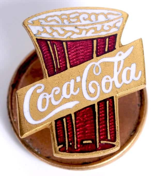 Coca-cola pin from 1912